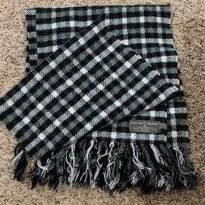 """""""Softer than cashmere"""" scarf by D&Y"""